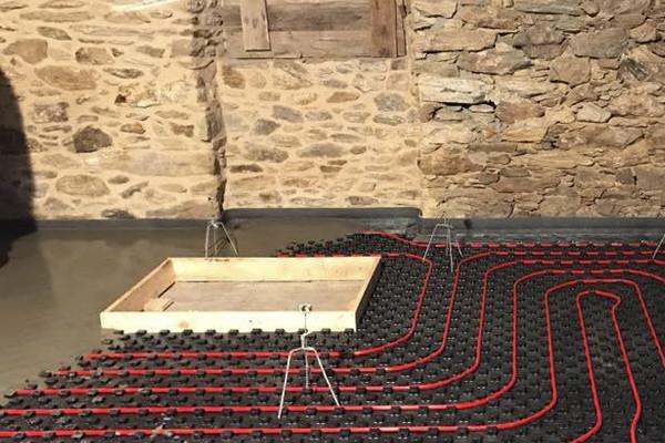 Trabajos recrecidos y pavimentos - Pavimento para suelo radiante ...